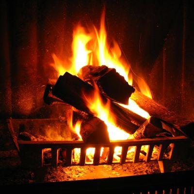 Relaxing Crackling Fireplace
