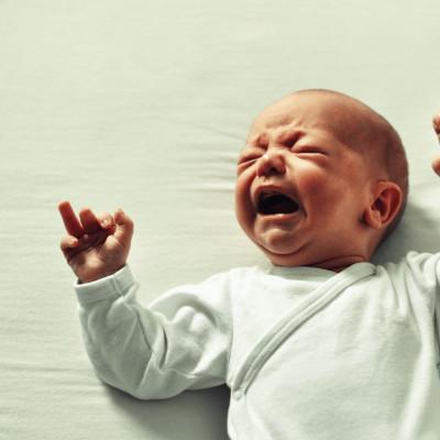 4. Les pleurs de bébé HORS SÉRIE DE L'ÉTÉ cover