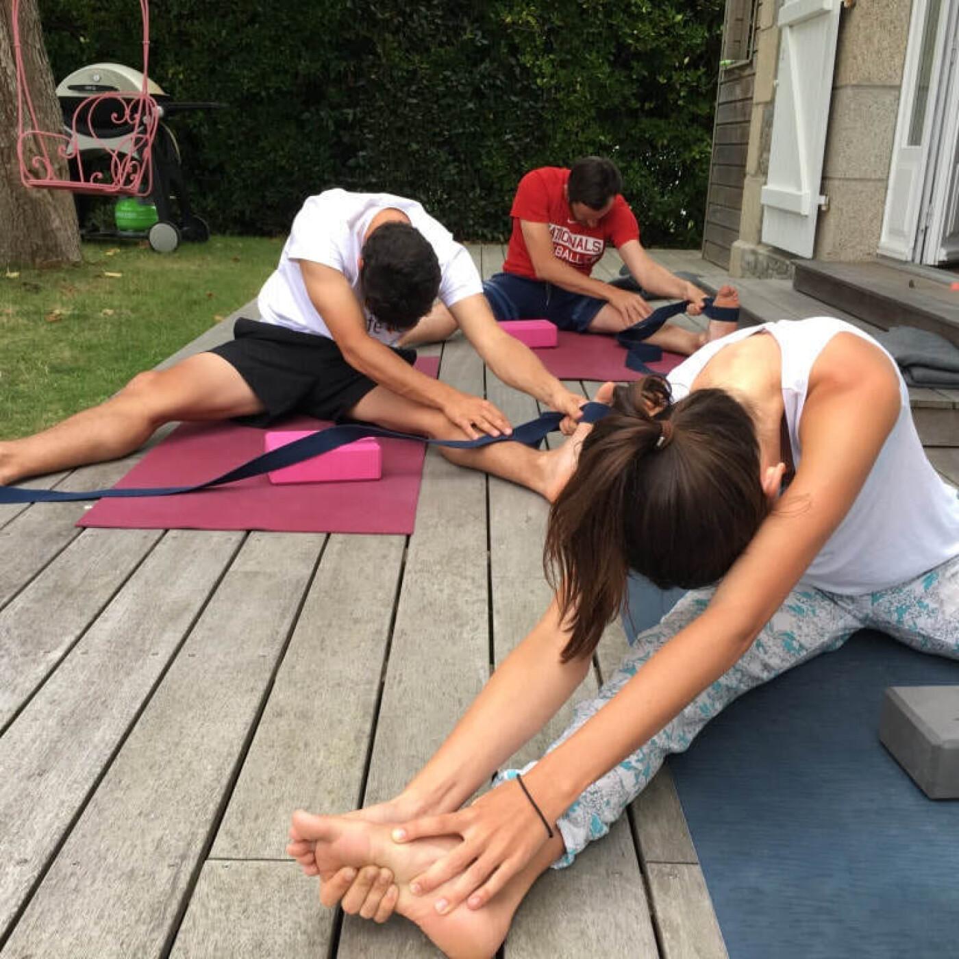 Anne, en Suisse, parle des bienfaits du Yoga - 22 06 2021 - StereoChic Radio