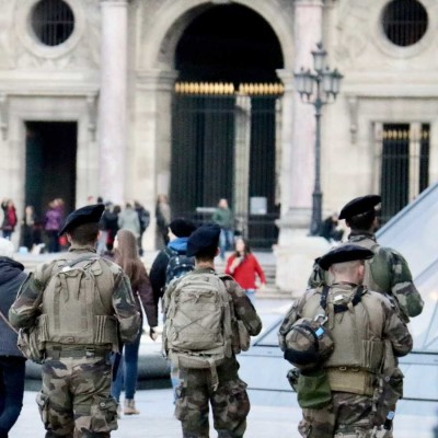 Le terrorisme suicide : la balistique du martyre. Benoît Schnoebelen