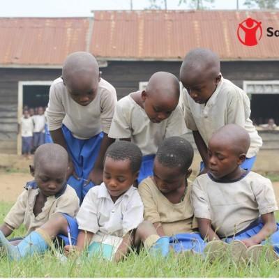 Nous, nous avons toujours évité des grèves mais c'est le comportement de l'Etat congolais, qui conditionne le comportement des enseignants cover