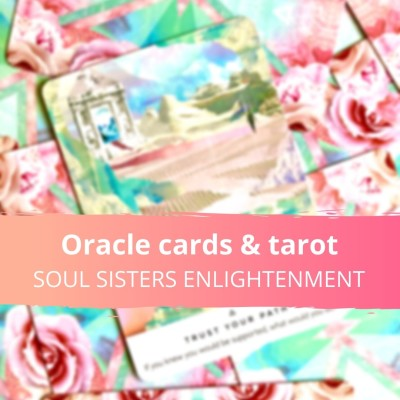 image Oracle cards and tarots, wonderful ways to connect to your intuition