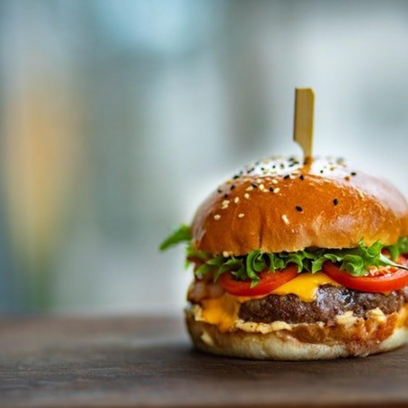 Chiffre du jour, 5000e le burger - 21 07 2021 - StereoChic Radio