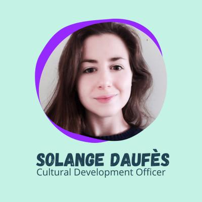 """""""Tenez-vous au courant !"""" - Solange Daufès, Cultural Development Officer cover"""