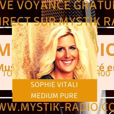 Sophie Vitali médium et voyante corse en live voyance gratuit sur Mystik Radio cover