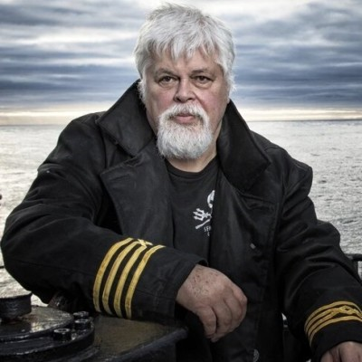 S02E17 Sea Shepherd 1/2, pirates ou bergers des mers? Lamya Essemlali cover