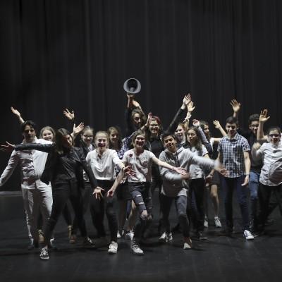 Atelier théâtre des Tanzmatten : Les jeunes comédiens présentent la pièce This is the Job cover