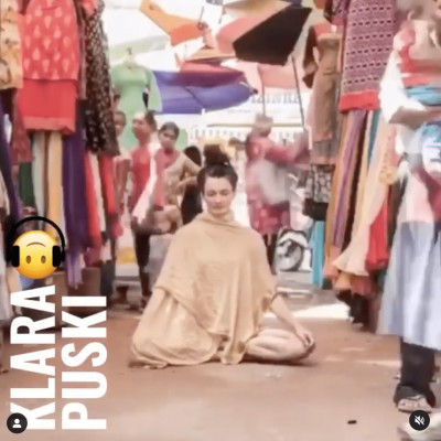 #21 - From the Lido stage to the shala 🧘♀️with Klara Puski - in english cover