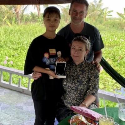 Témoignage : Aurore et Fabrice ont été rencontrer leur filleule cover