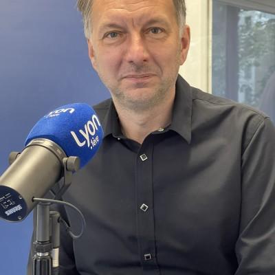 Bruno BERNARD Président EELV du Grand Lyon et du Sytral cover