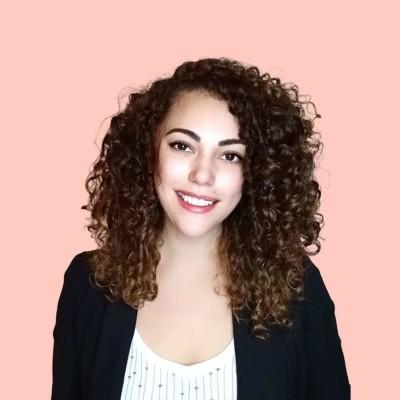 Yulia, franco-mexicaine, est coach en développement personnel - 14 04 21 - StereoChic Radio cover