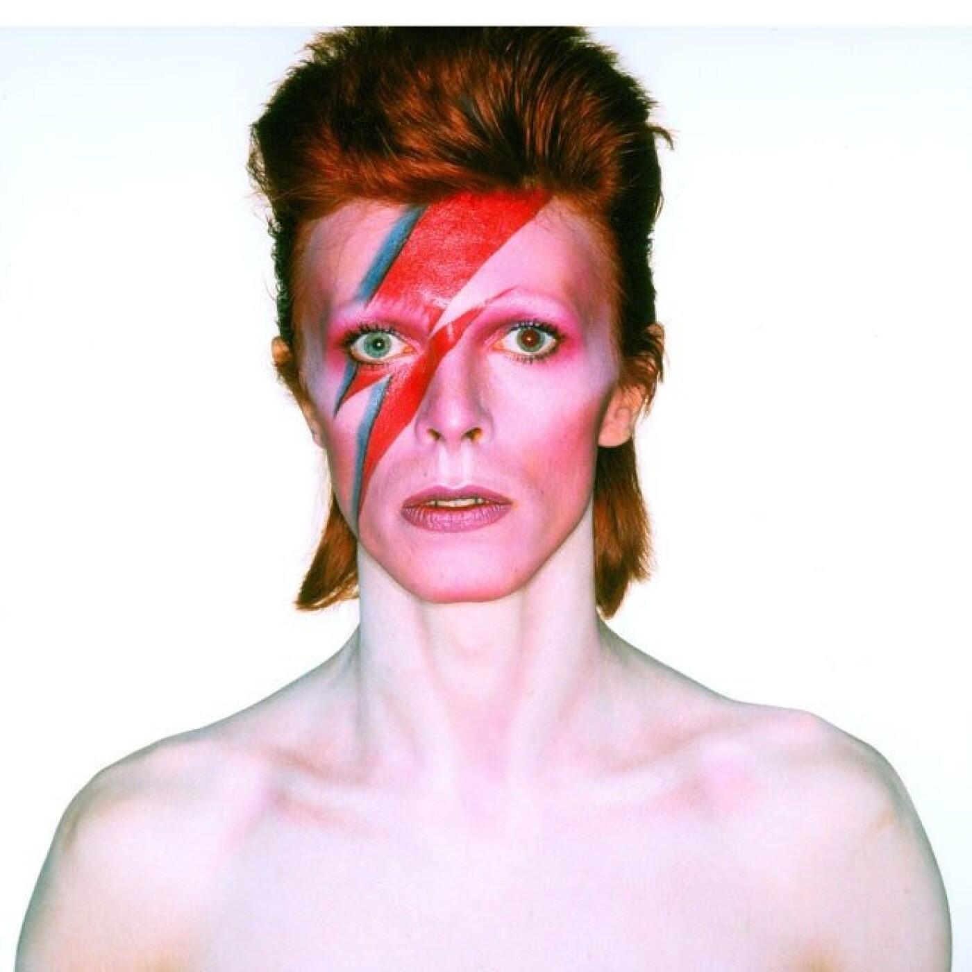 5 ans après la disparition de Bowie, notre Dj Loic présente son miX thématiK - 14 01 2021 - StereoChic Radio