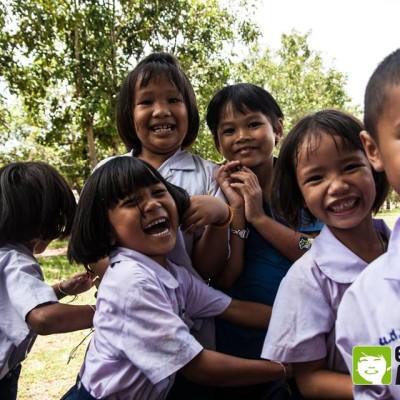 Camps d'été en Birmanie (Myanmar) cover