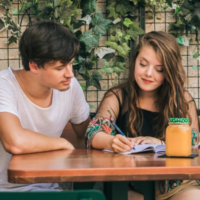 Agnès et Henry sont désormais Digital Nomades - 26 08 2021 - StereoChic Radio cover