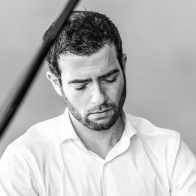 """Olivier Korber : """"J'écris de la musique depuis que je lis des notes"""" cover"""