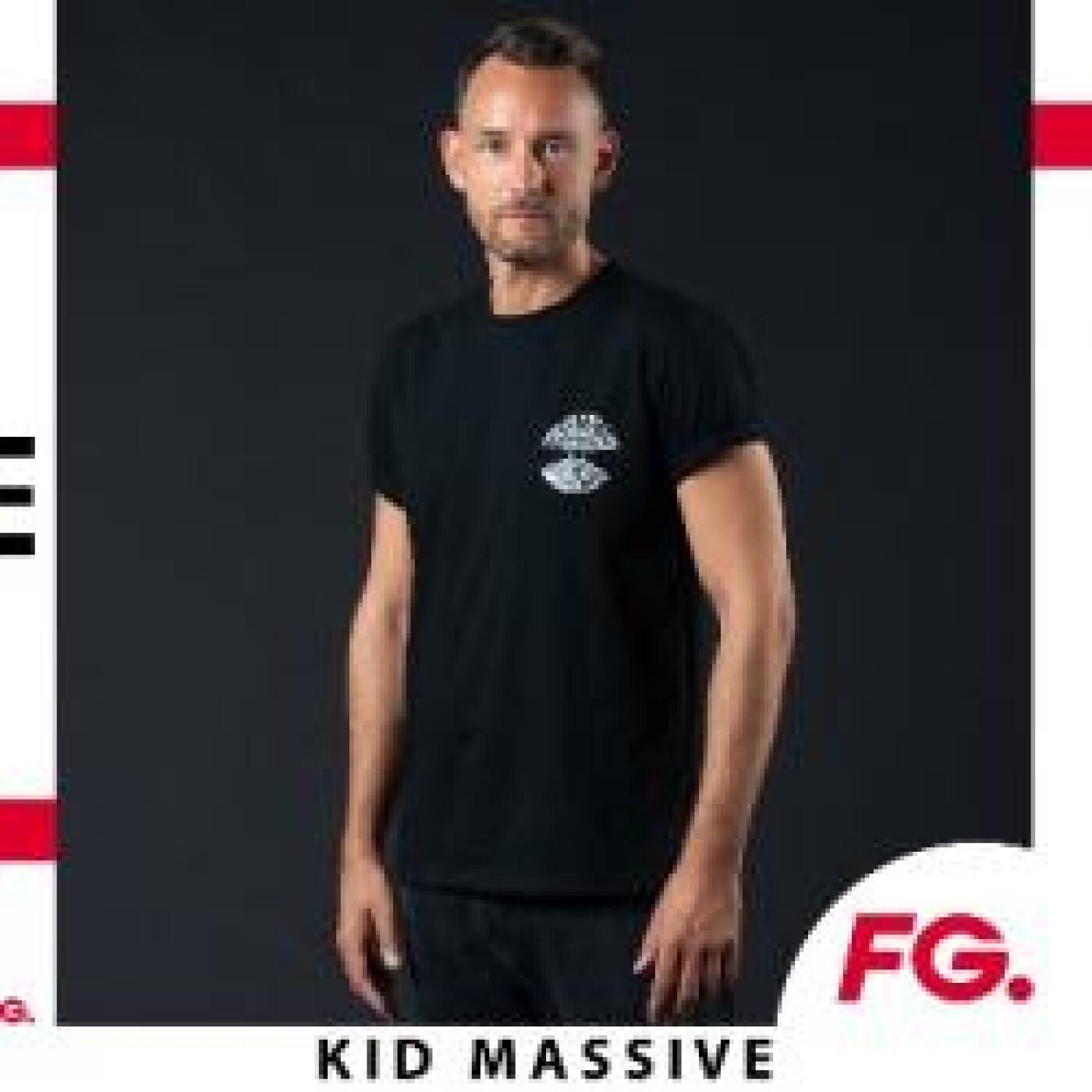 HAPPY HOUR DJ : KID MASSIVE