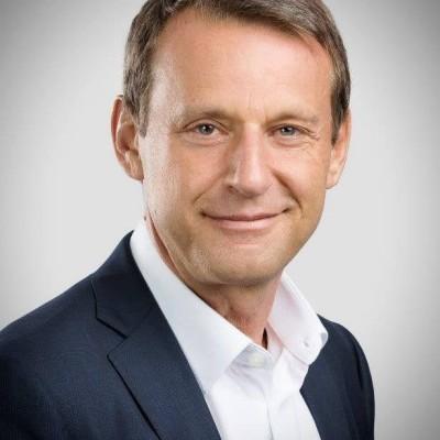 #10_Puissante et fragile, l'entreprise en démocratie. Alain SCHNAPPER, Chercheur à MINES Paris Tech PSI cover