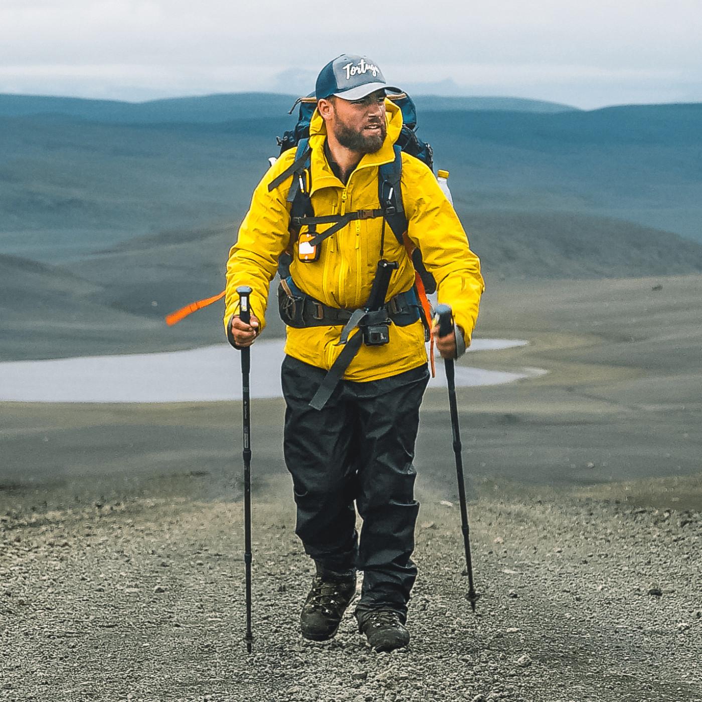 0403 - Globe Trotter - Tortuga : Seul en Islande