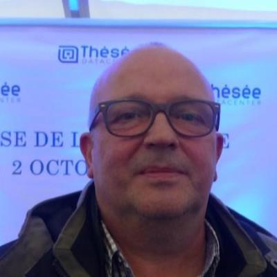Alain Huchon (SPIE), pose de la première pierre de Thésée Datacenter cover