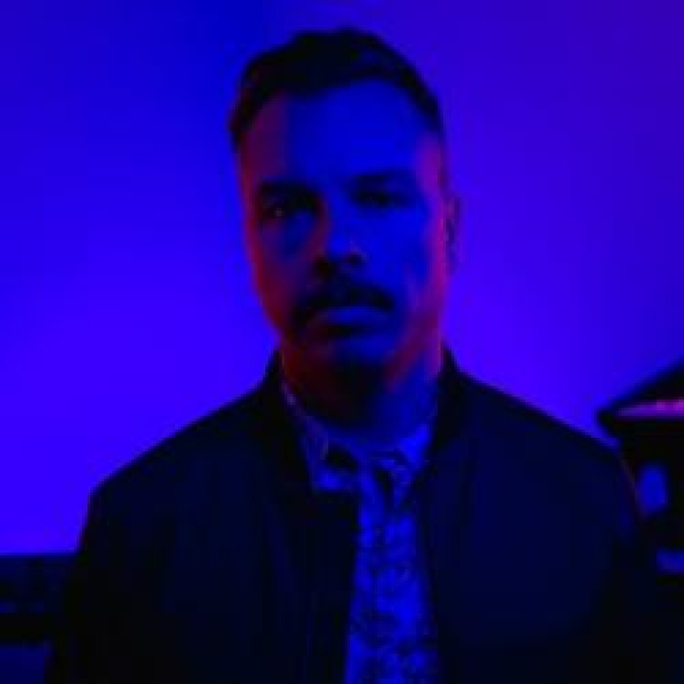 HAPPY HOUR DJ : PURPLE DISCO MACHINE