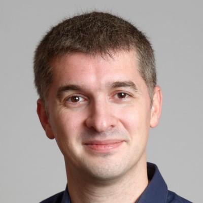 Que demander avant de devenir client d'un datacenter ? Podcast d'Arnaud de Bermingham, Scaleway cover