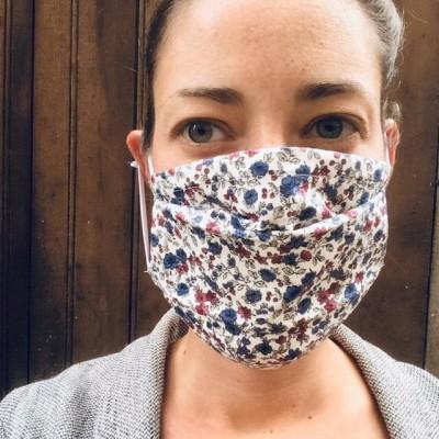Emeline couturiere, nous raconte ses ventes de masques cover