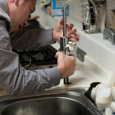 Éco-plomberie : et si vous économisiez votre eau ? cover