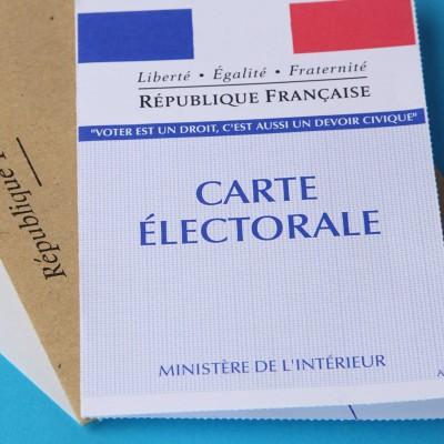 LES DOSSIERS DE PAUL Comment s'inscrire sur les listes électorales quand on est expat - 17 09 2021 - StereoChic Radio cover