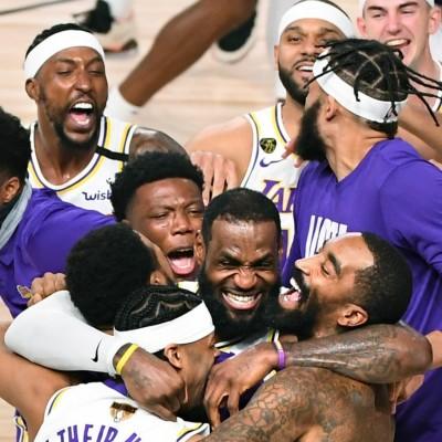 Posterdunk S08E15 - NBA: des Finals atypiques, une saison historique cover