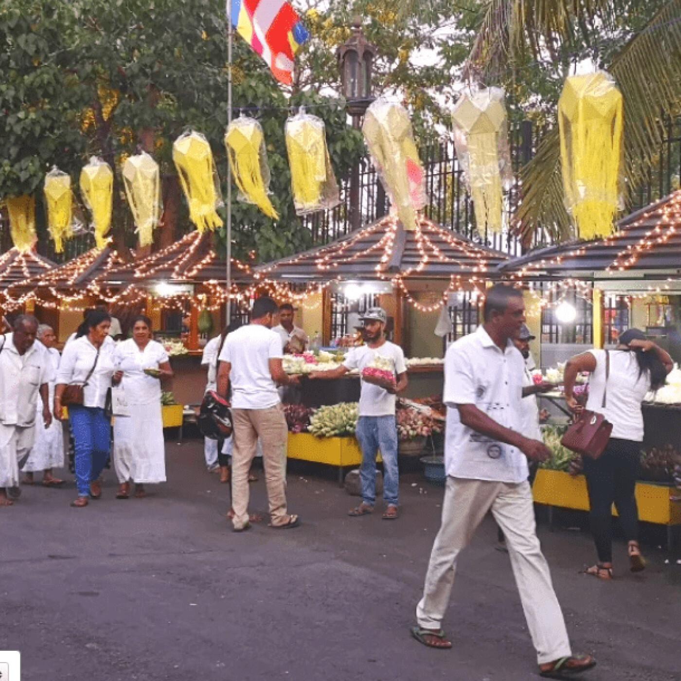 Clémence au Sri Lanka parle des fêtes du VESAK - 121 05 2021 - StereoChic Radio