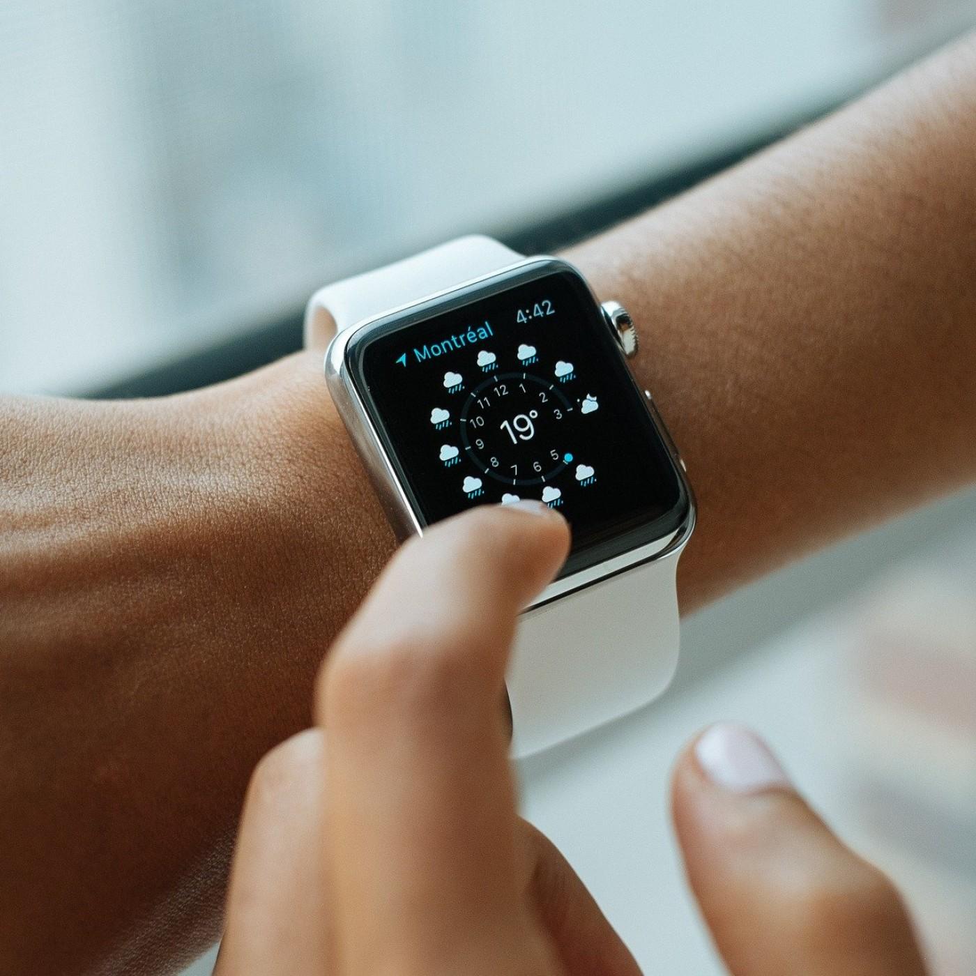 Les montres connectées à l'heure du couvre-feu