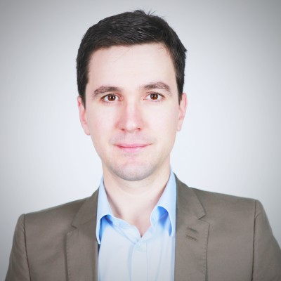 Mathias Robichon : NetApp étend sa stratégie NetApp Data Fabric cover
