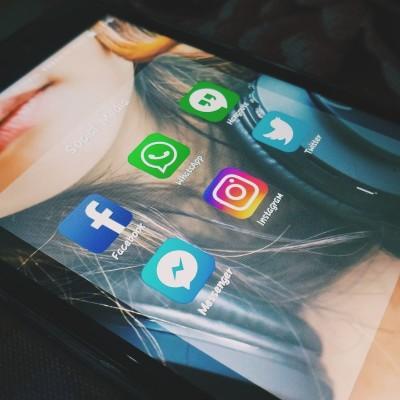 """Bientôt la fin des """"likes"""" sur Instagram ? cover"""