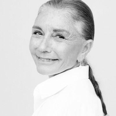Perla Servan-Schreiber cover