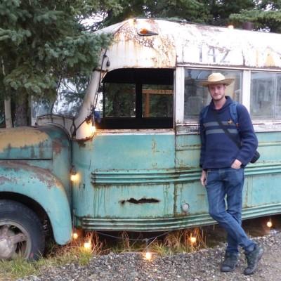 Xavier | Une traversée de l'Amérique en bus-voiturevoilier cover
