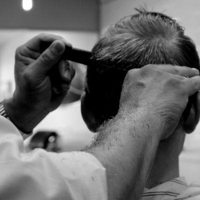 La coiffure homme : tendance en pleine évolution cover