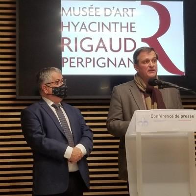 Louis Aliot rouvre les musées. cover