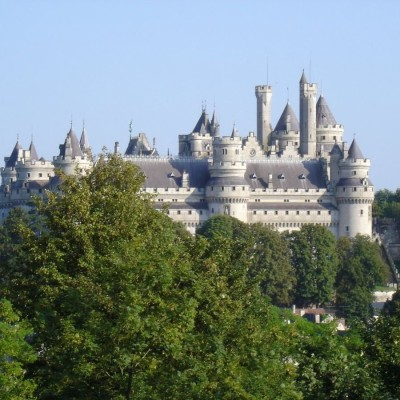 Château de Pierrefonds : suivez le guide ! cover