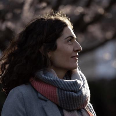 Se reconnecter au féminin avec Camille Sfez cover