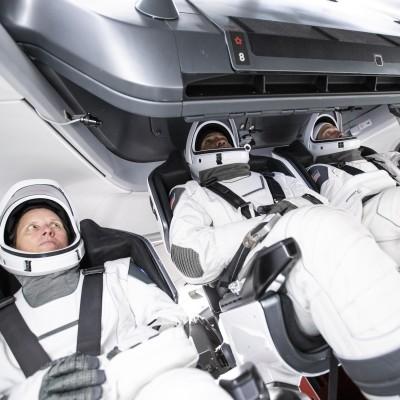 [DNDE] SPACEX réussit son PREMIER décollage avec 4 ASTRONAUTES ! cover