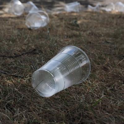 Les gobelets en plastique : c'est fini cover