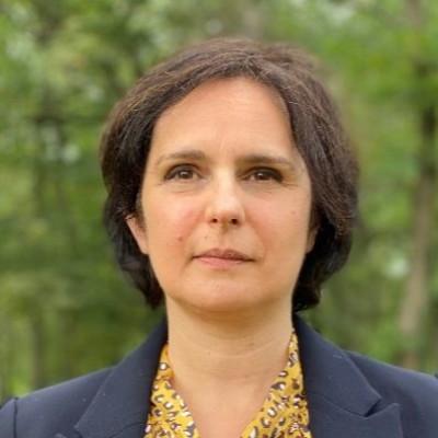 Parole d'avocat - Céline Barbosa : L'intelligence juridique de Facebook et plateformes cover