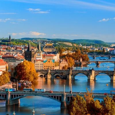 Florian à Prague pour 3 ans cover