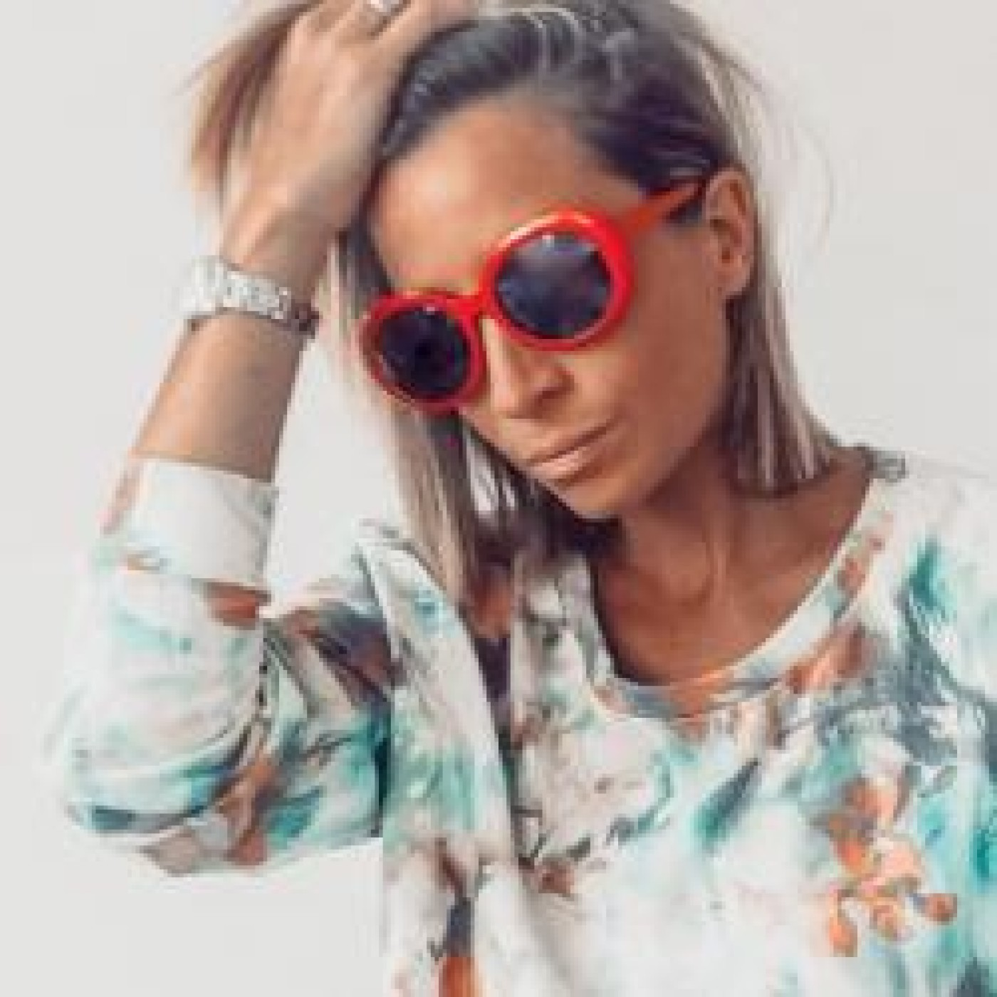 HAPPY HOUR DJ : MLLE EVA