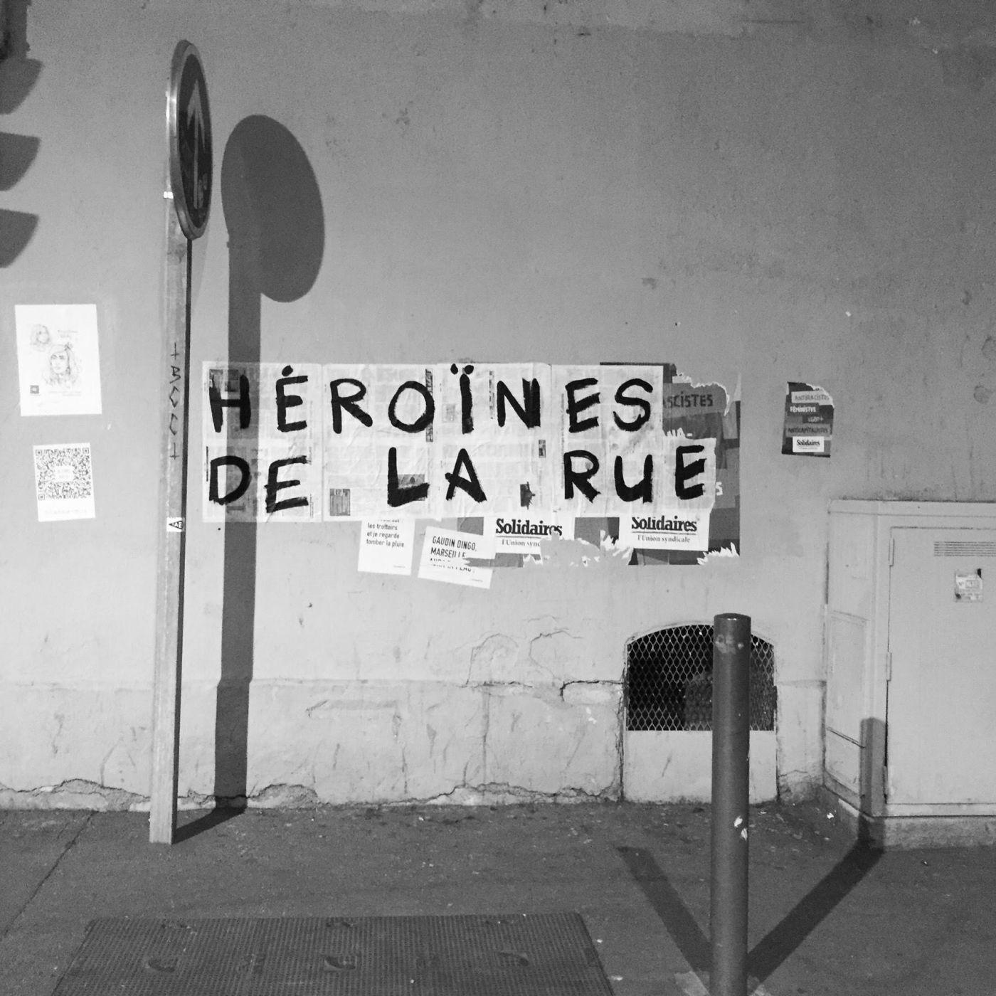 Héroïnes de la rue - [message de service]
