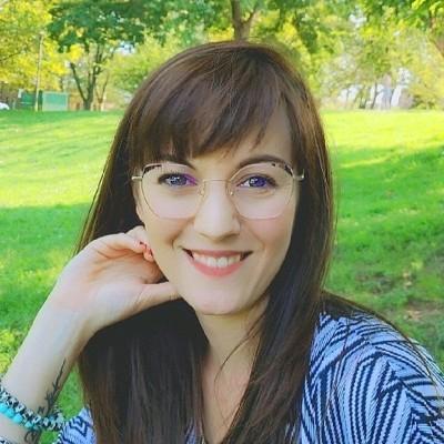 Jennifer est une jeune expat installée à Philadelphie, USA, depuis 1 mois et demi - 18 10 2021 - StereoChic Radio cover