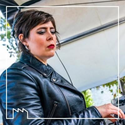 Entretien avec Louisahhh, DJ, autrice, compositrice, productrice cover