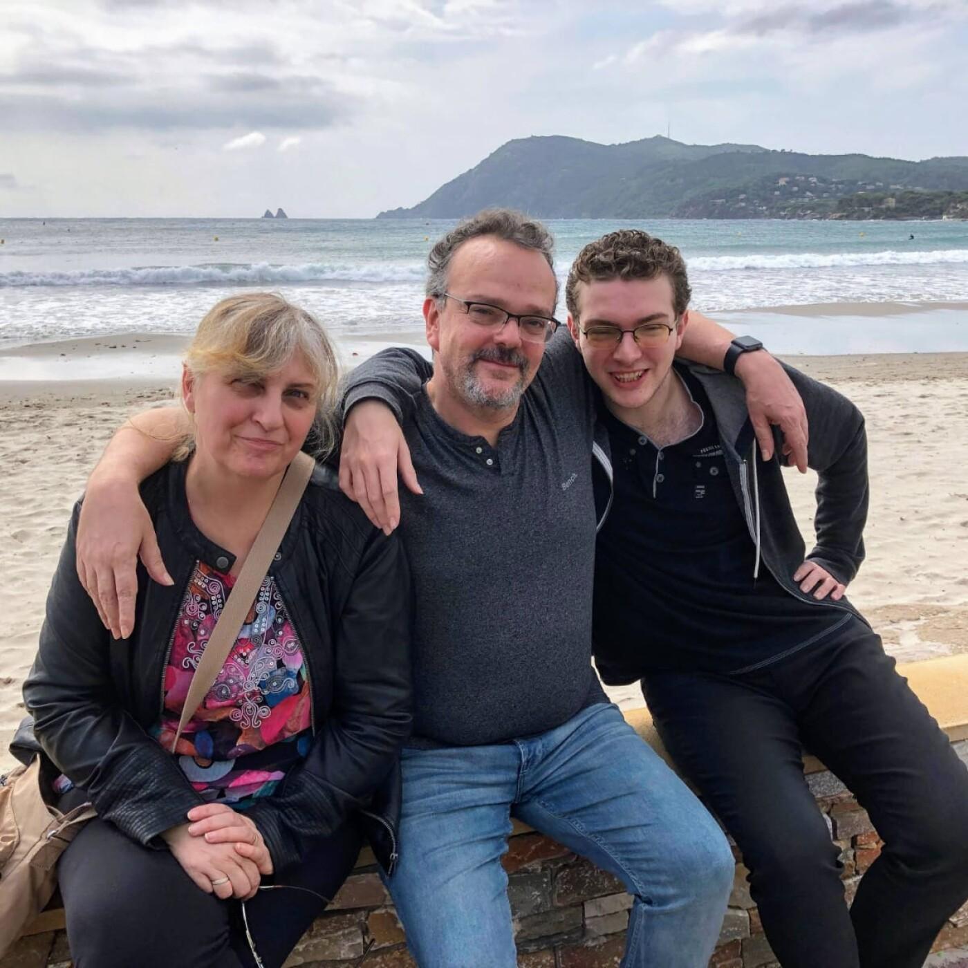Christine et Patrice détestent la routine, voici la famille nomade digitale - 25 05 2021 - StereoChic Radio