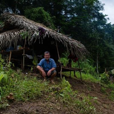 Philippines : Dans les cavernes palawans avec Pierre de Vallombreuse cover