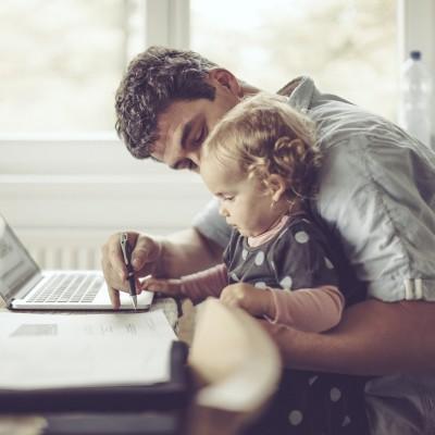 Episode #74 - Concilier travail et vie de famille quand on travaille de chez soi ! cover